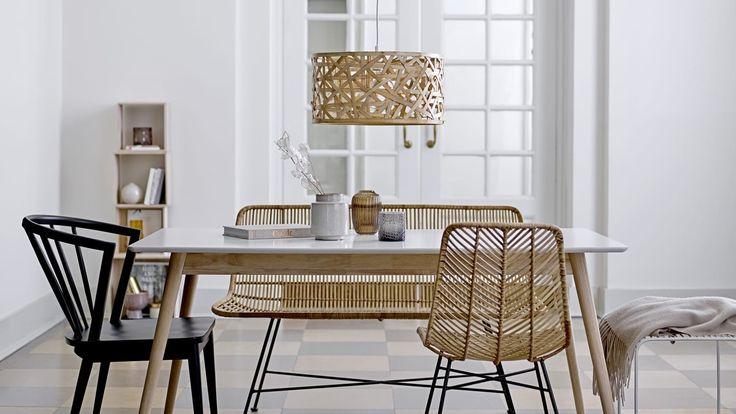 les 25 meilleures id es de la cat gorie des chaises en osier sur pinterest peindre l 39 osier. Black Bedroom Furniture Sets. Home Design Ideas