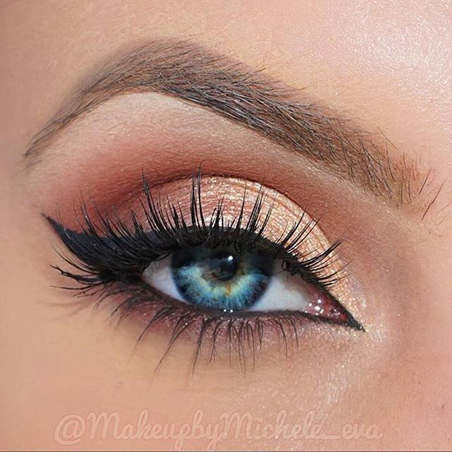 #MUA @makeupbymichele_eva used our exclusive #SigmaTech Brush Set to create this #beautiful look, perfect for day or night! Recreate that wing with our Gel Liner in Wicked. Shop now > link in our bio. // #sigmabeauty #sigmabrushes