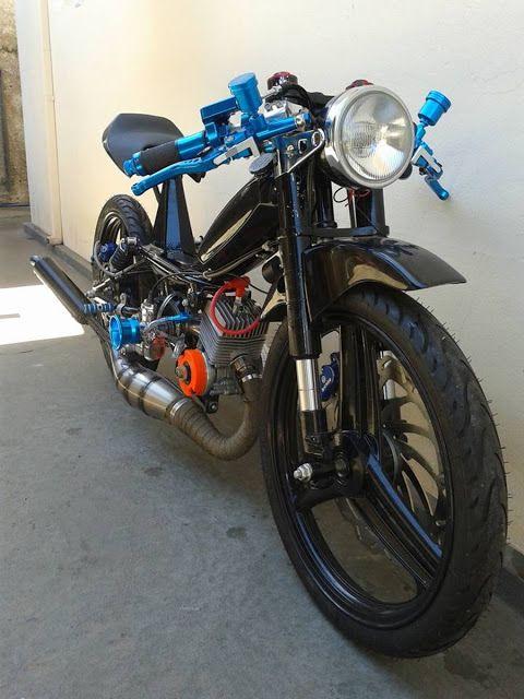 moped cafe racer chernobyl jcastilho motorcycles caferacer motos. Black Bedroom Furniture Sets. Home Design Ideas