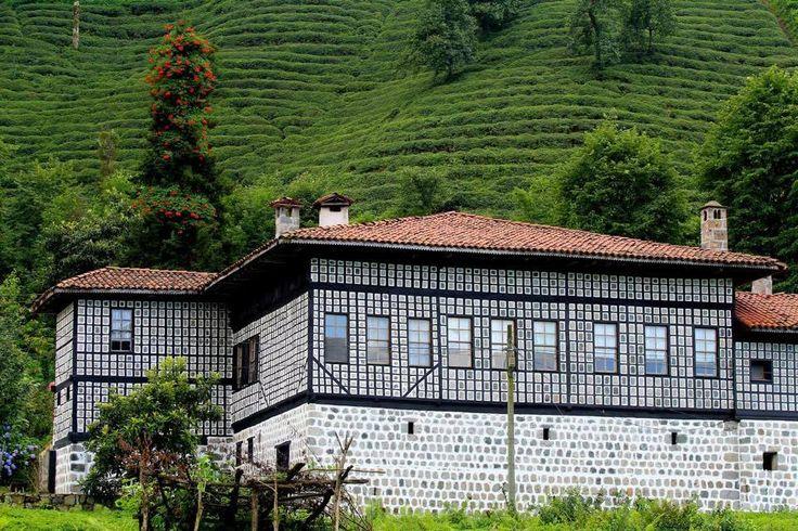 Asırlık taş konak evleri  Rize / Fındıklı