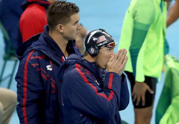 Michael Phelps Photos Photos - Michael Phelps of the United States of America warms up before the Final of the Men's 4 x 100m Freestyle Relay on Day 2 of the Rio 2016 Olympic Games at the Olympic Aquatics Stadium on August 7, 2016 in Rio de Janeiro, Brazil. - Swimming - Olympics: Day 2