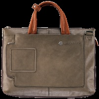 """Bags, Backpacks and Briefcases - Shop Piquadro """"Tech Inside"""""""