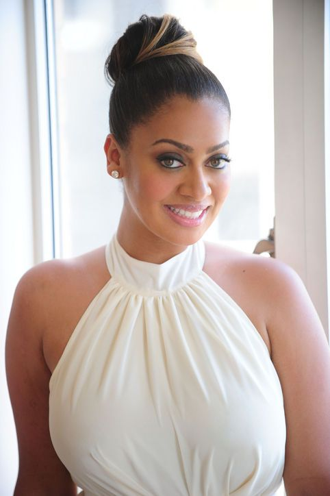 La La Anthony bun peekaboo highlights