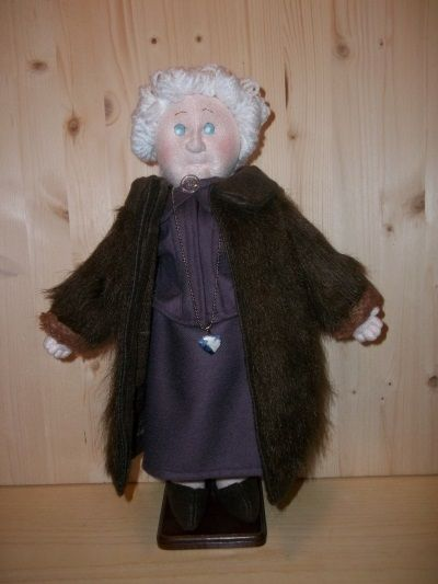 Tutorial PDF Soft Sculpted Dolls Grandma