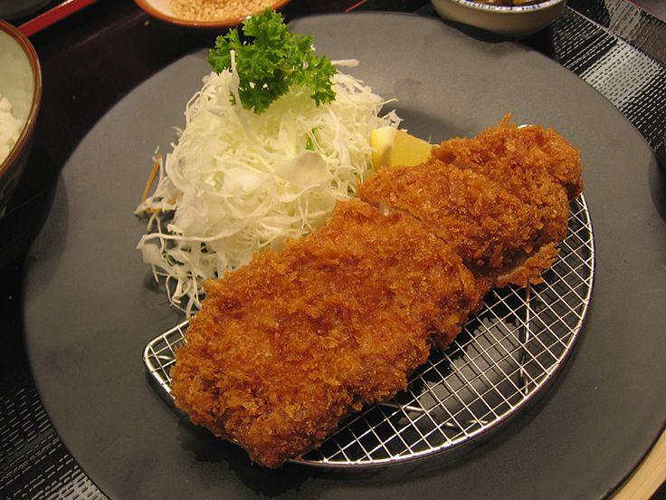 Ton-Katsu ( pork cutlet ) | ( this pic via  http://bit.ly/wegThO )