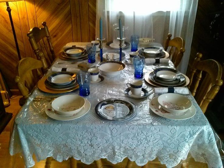 BLUE WILLOW TABLE SETTING & 11 best table settings images on Pinterest