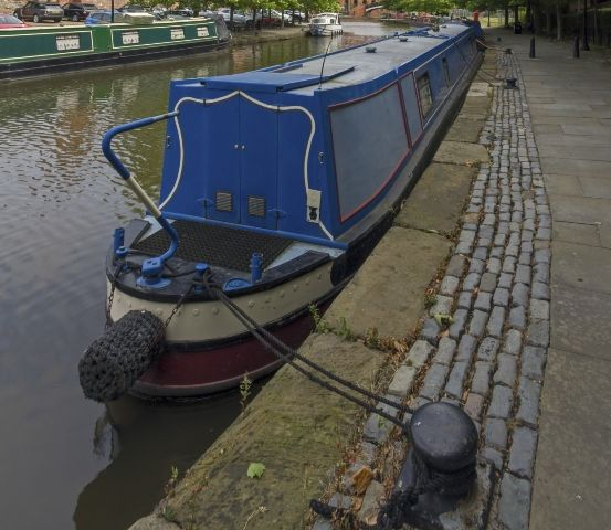 Canal Cruises with the Pennine Moonraker A trip aboard a classic narrowboat.