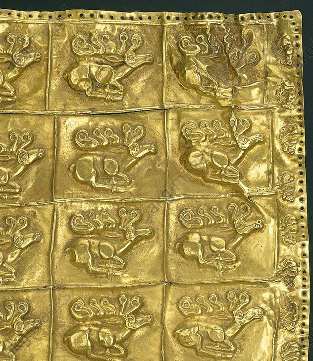 Gold Cover fr. a Gorytos / Scythian Art Scythe, 2e moitié du 7e siècle av. J.–C.  Plaque décorative d'un gorytos (carquois) avec représentations de cerfs.  Détail. Or. Saint-Pétersbourg, Musée de l'Ermitage