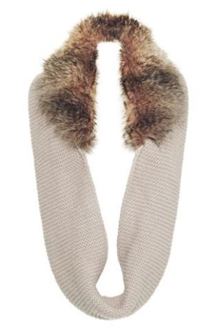 Next - Cream Faux Fur Trim Snood 877-486 £22