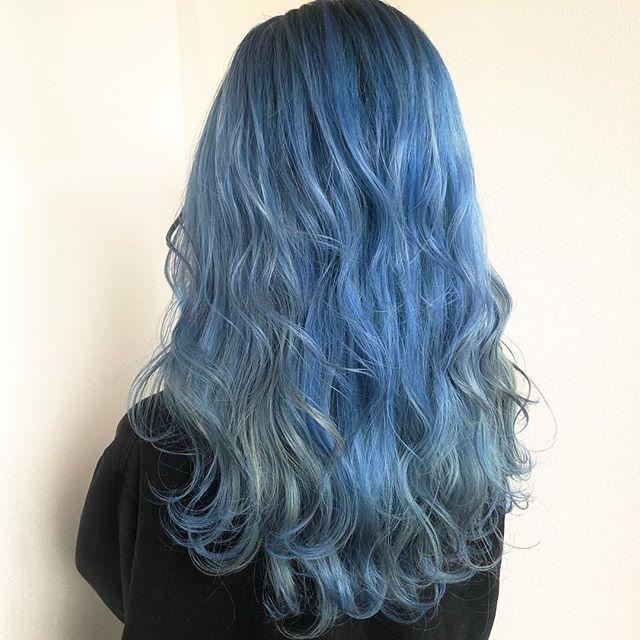 石川 麻衣さんはinstagramを利用しています Blue