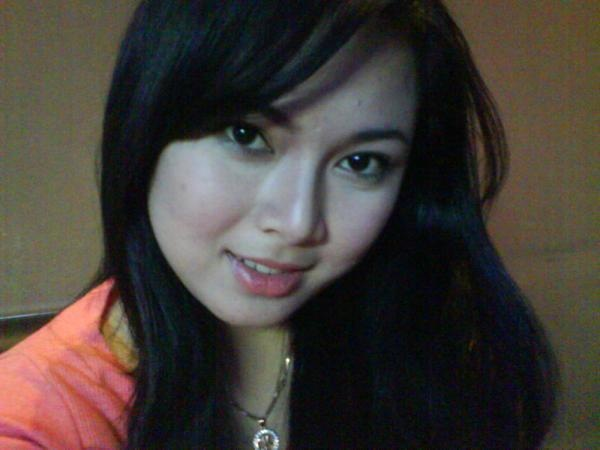 Martisha Gadis Cantik Suka Pamer Pic 8 of 35
