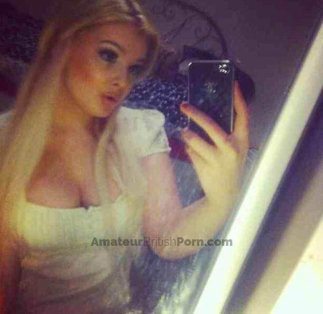 Pin On Welsh Teen Blonde Busty Amateur Nude Selfies Of This Big