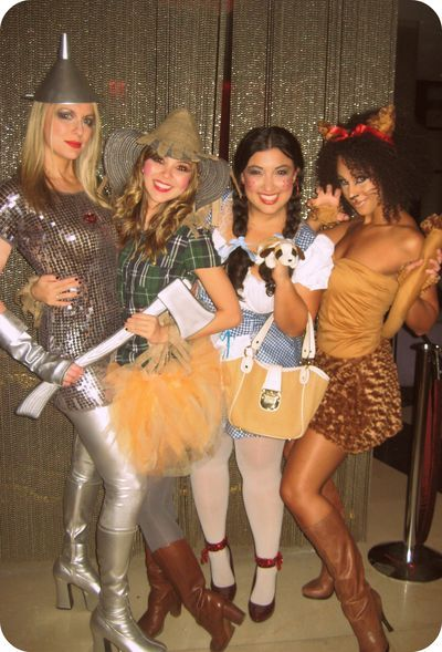 WIZARD OF OZ COSTUME IDEAS...KIND OF...more modest of corse~  ;)