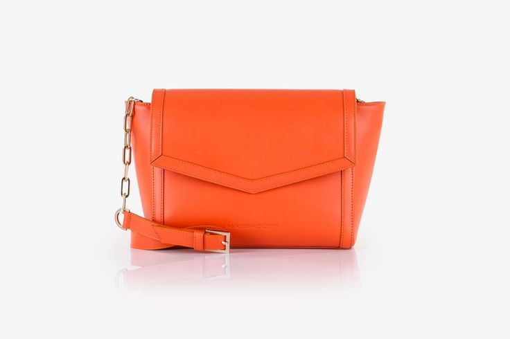 Zhoe in orange cow-hide leather. Front view.