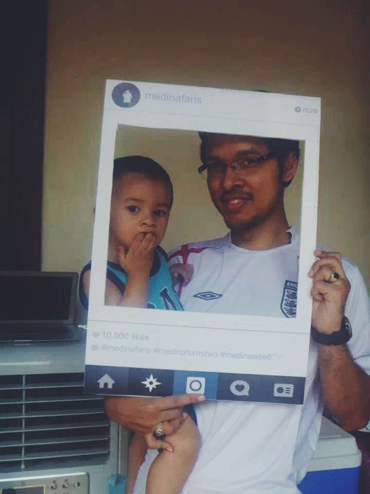 Medina's partner in crime and his dad in our Instagram Prop!