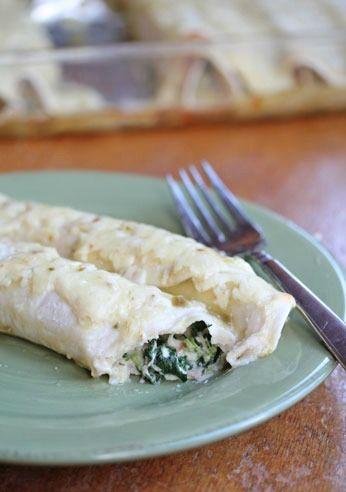 Chicken and Spinach Enchiladas ~ freezer friendly! | 5DollarDinners.com