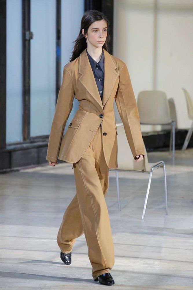 Lemaire Spring 2018 Ready-to-Wear Collection Photos - Vogue