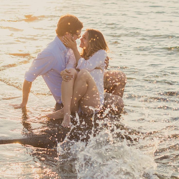 Romantic beach engagement photography in Canada.   Canada Wedding Photographer