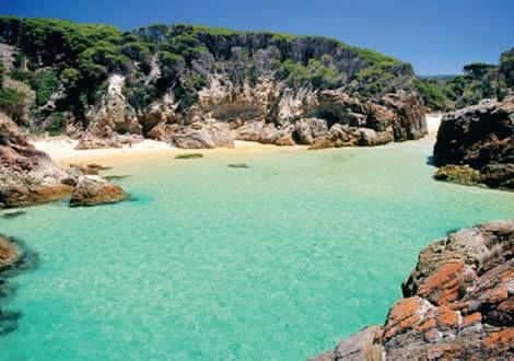 Our Kimberley expeditions will take you into Australia's North West – one of the country's best kept secrets. We'll cruise the Kimberley's maze of nearly 3000 islands along the coast between Broome and Darwin, landing daily to explore its natural beauty and attractions, including sprawling landscapes, beautiful gorges and lush waterfalls! http://ow.ly/NLXsp  #AuroraExpeditions
