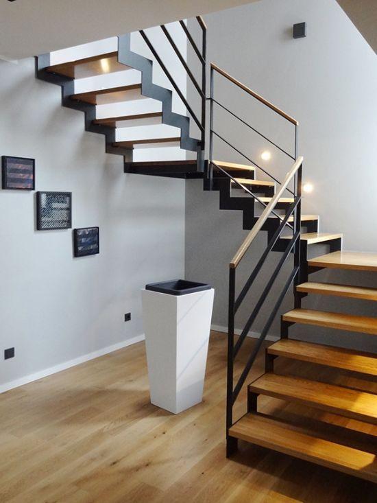 Moderne Stahl-Holz Treppe von VS-Treppensysteme
