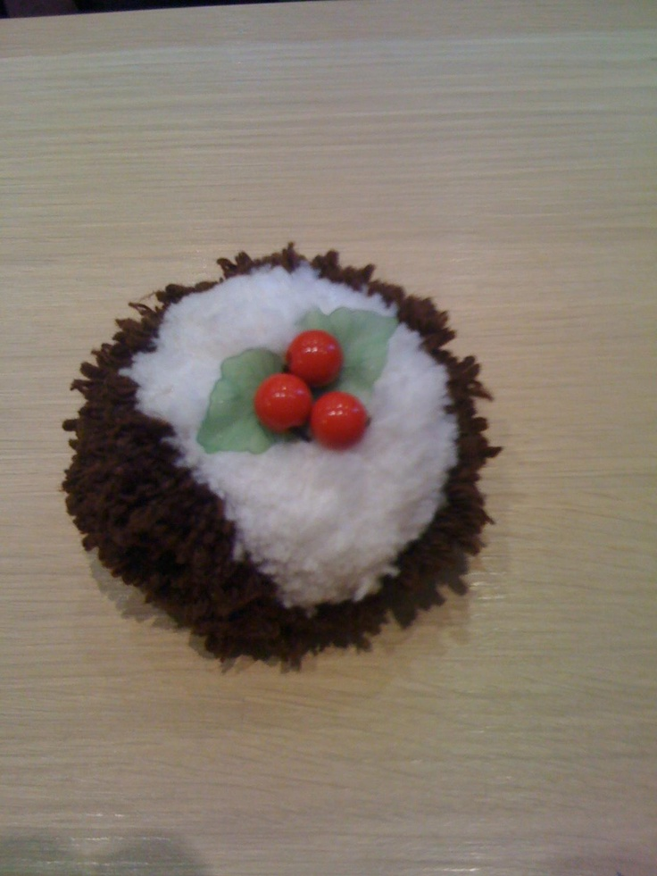 My Christmas Pudding Pompoms Pinterest Christmas