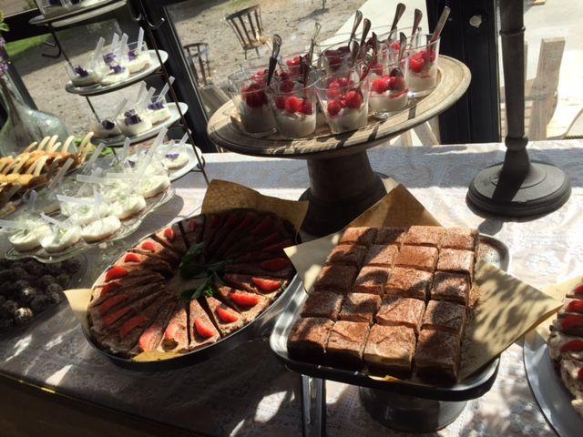 bruiloft taartentafel of sweettable van de Dorpswinkel van Ruth