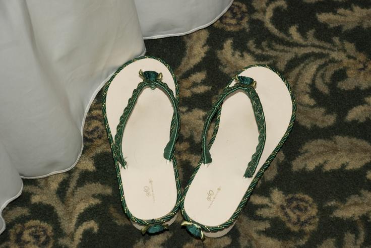 flip flops made for bridesmaids