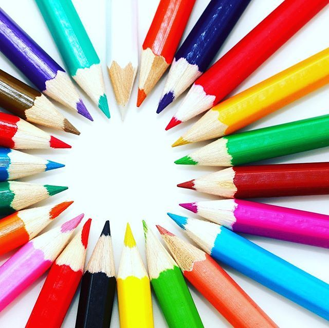#firstschooldayof2018  Tomorrow is the big day for many of our precious darlings going to primary school for the first time.  We would love for you to share something from your experience in a comment below or a post using #dearfirstday and or #grR or #gr1. Show us that smile the tender hug the big bag the lunchbox the wave goodbye.   #kindersgaanskooltoe #skool #graad1 #gradeR #dearkids #growingup #teachers #schoolday #deardarling #learntoplay #playtolearn #playschool #teachthem…