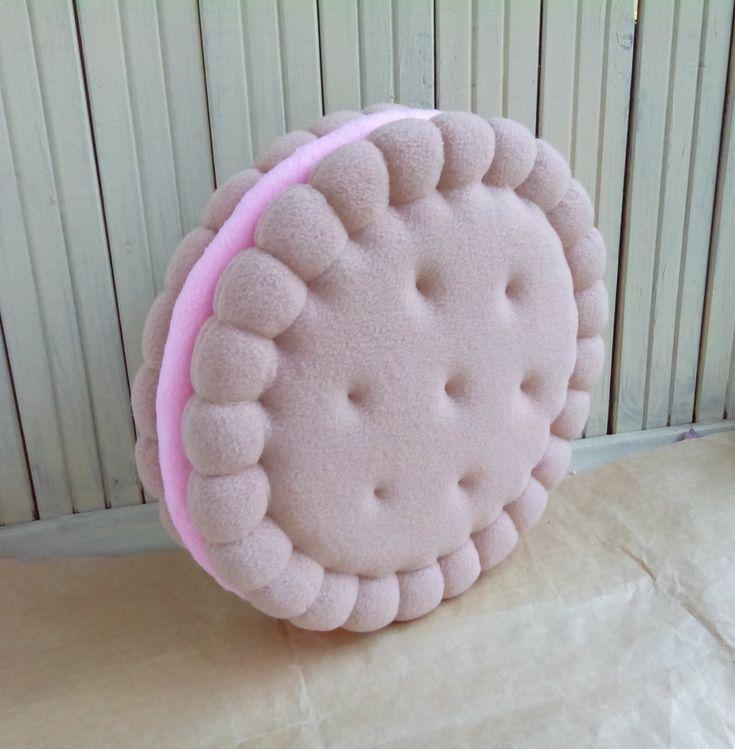 Декоративная Подушка Печенька с начинкой ручной работы