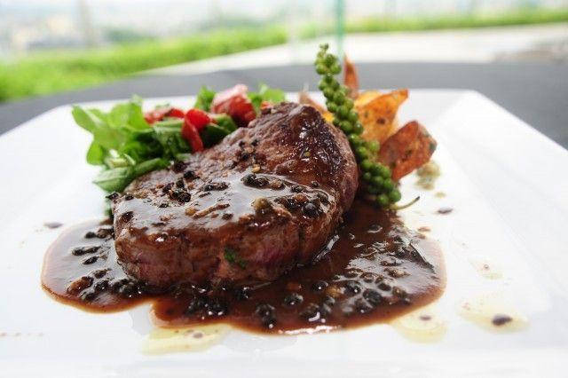Receta de Solomillo al Jerez ¡Puro sabor mediterráneo!   #SolomilloAlJerez #RecetasDeSolomillo #RecetasDeCarne #SolomilloEnSalsa