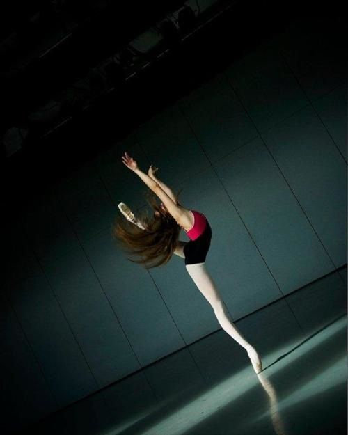 /: Dance Photography, Angles, Long Legs, Ballet Dancers, Megan Amanda, Amanda Ehrlich, Dance Dance, Ballet Beautiful, Isaac Aoki