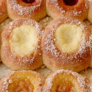 Cottage Cheese Kolache Filling...I could just make a dessert out of eating the filling...who doesn't love a great cheese danish?