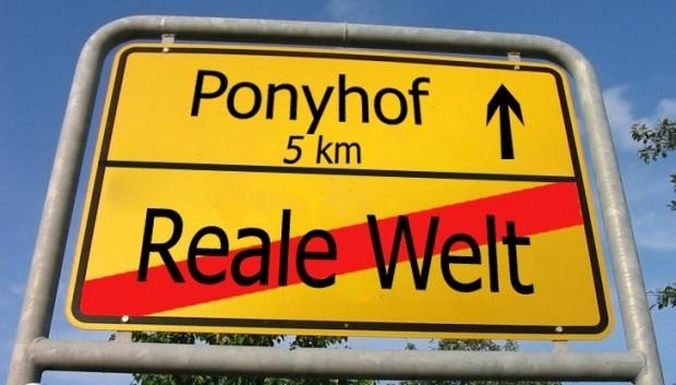Straßenschild zum Ponyhof  Das Leben ist doch ein Ponyhof... Es gibt ihn tatsächlich ;-)