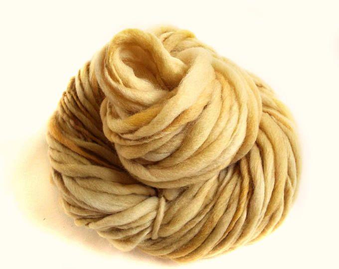 Thick and thin yarn, golden yellow merino yarn, handspun yarn thick knitting yarn, chunky merino knitting wool big knitting wool hand dyed