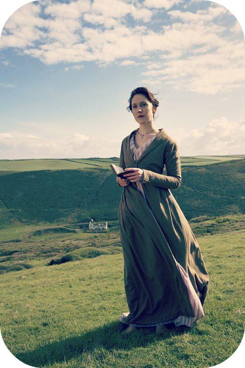 Hattie Morahan as Elinor Dashwood in Sense and Sensibility (2008). My favourite Austen's character.