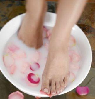 Super Soft Feet for Summer Sandals: Super Soft, Warm Milk, Soft Feet, Summer Sandals, Sprinkles Baking, Baking Sodas, Milk Powder, Gentle Massage, Pat Dry