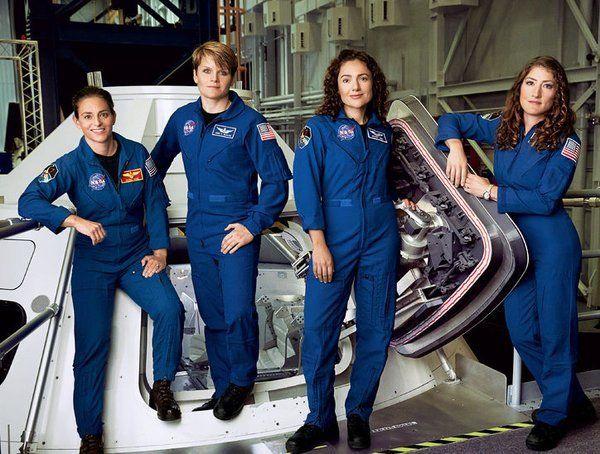 Pela primeira vez na história, metade da equipe de astronautas da NASA (Agência Espacial Norte-americana) é formada por mulheres. O objetivo é que algumas delas façam parte da missão tripulada que a agência espacial americana pretende enviar para Marte em 2030.