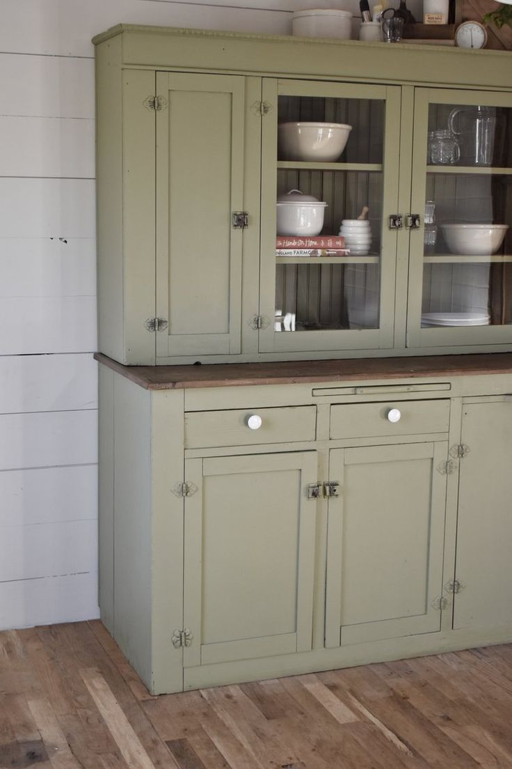 farmhouse cabinet cupboard makeover shaker style www.flatcreekfarmhouse.com