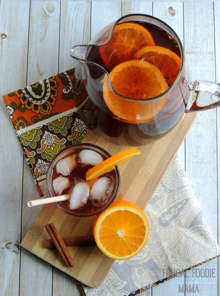 Orange and Cinnamon Infused Iced Tea via thefrugalfoodiemama.com- a low calorie, holiday perfect beverage!