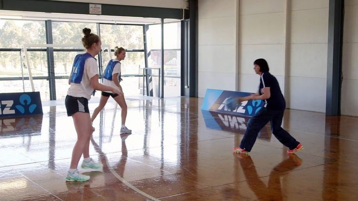 Netball Nation drills - how to find space around the goal circle