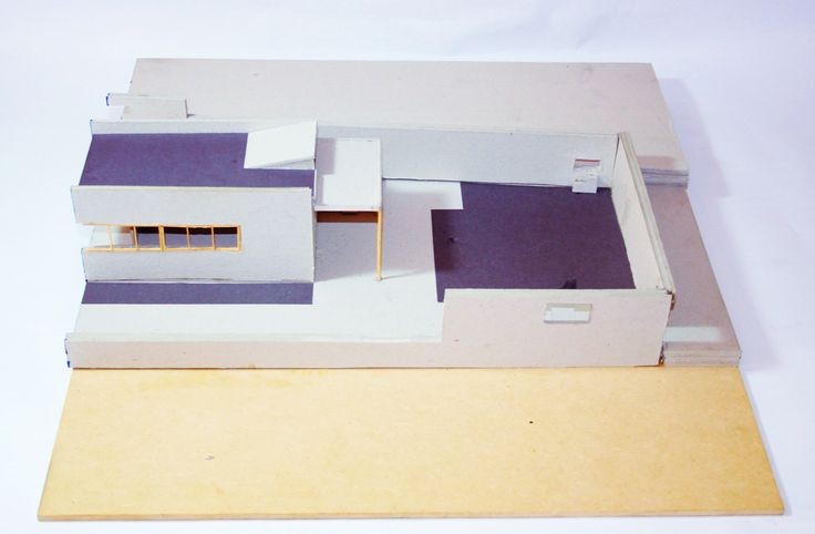 Corte transversal. Azul: Paredes que se cortan, Negro: techo y suelo que se corta. Ville Le Lac - Le Corbusier (1:50).