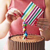 Planning to bake an anti-gravity cake? Read our tips and tricks to help you make your showstopper a success...