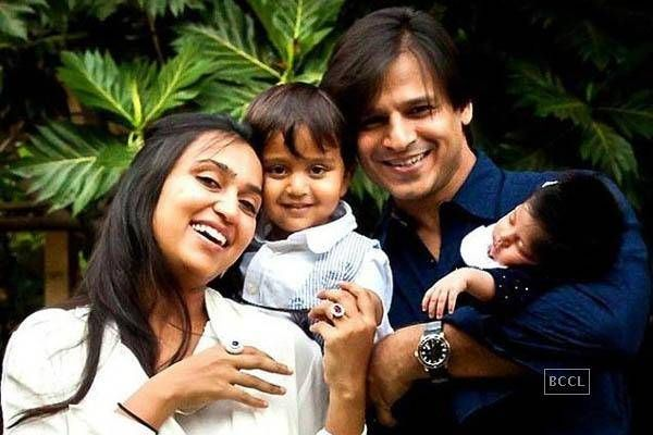 Vivek Oberoi with newborn daughter Ameyaa NirvanaVivek and Priyanka Oberoi will cherish this picture for the longest time for it is indeed a very cute picture of their family, complete with their son and daughter. Vivek Oberoi recently posted this really adorable picture of his family on Instagram. In this picture, Vivek is seen with wife, Priyanka Oberoi, their two-year-old son, Vivaan Veer, and their two-month-old daughter, Ameyaa Nirvana. The little angel, who was born on April 21, 2015…