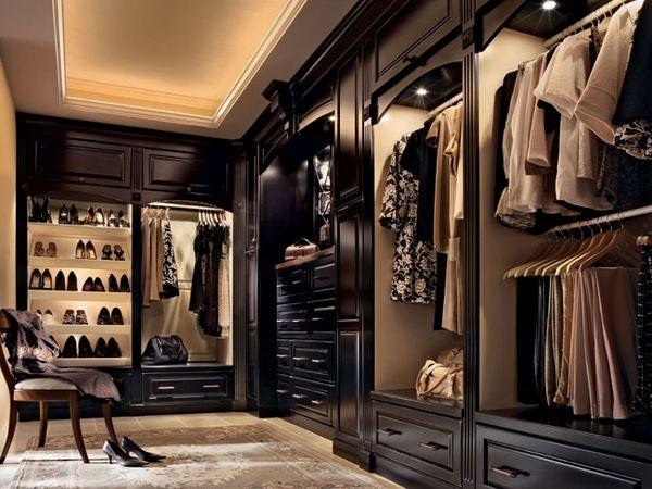 For Each Bedroom   Big Walk In Closet. (vintage Onyx And Biscotti Lighting  Kraftmaid Closet)