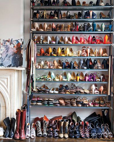 grandmarie:    the proportion of this shelf is just perfect.    Shoe porn at it's finest.