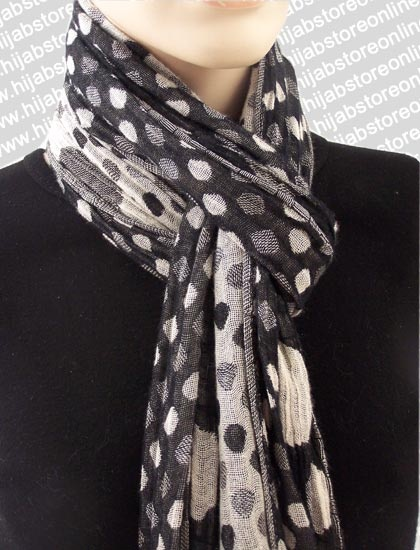 This would SO go with a black dress!: Scarfs, Black Dress
