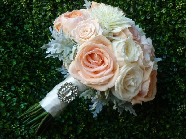 Formal Hollywood Glam Romantic Rustic Shabby Chic Vintage Gray Multicolor Orange White Bouquet Dahlia Fall Rose Spring Summer Winter Wedding Flowers Photos & Pictures - WeddingWire.com