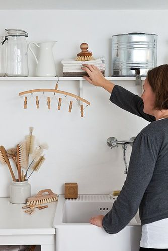 Love these wooden brushes!! Why would we ever want plastic?