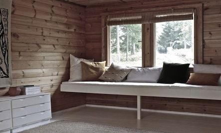 Would we want to build the daybed across the entire length of wall
