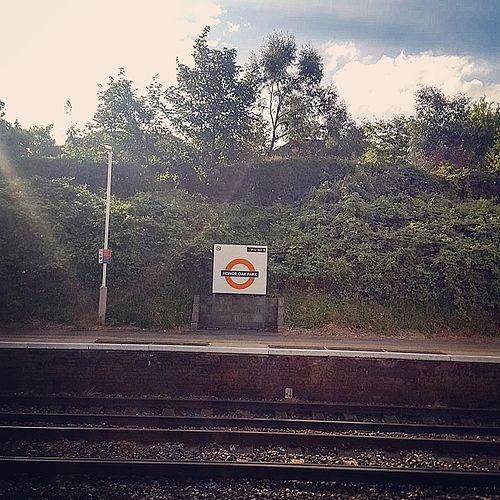 Honor Oak Park Station. Photo by Cazimo.  #honoroak #honoroakpark #hop #station #london #se23 #urban